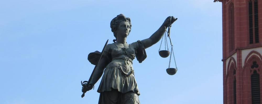 Jugend•Gerichts•Hilfe