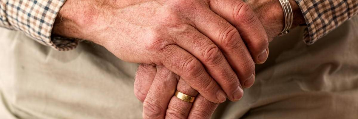 hands 981400