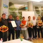 Bürgermeister Jürgen Köhne bedankt sich bei den Ehrenamtlichen.