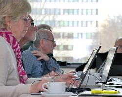Menu: Seniorinnen und Senioren