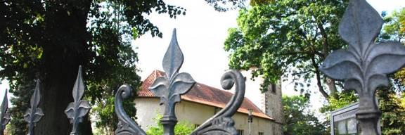 Blick auf Gleidinger Friedhof