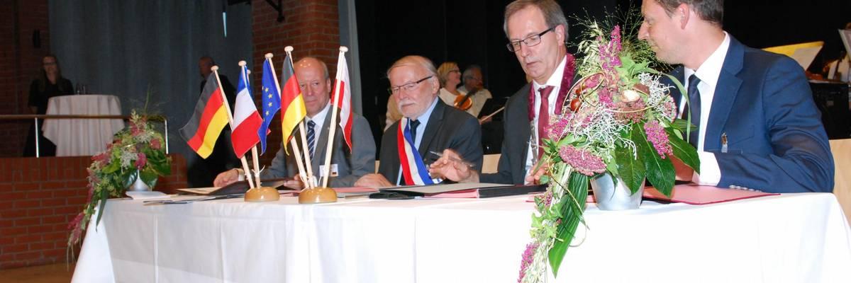 Fred Mahro (Guben), Marc Massion (Grand Quevilly), Jürgen Köhne (Laatzen), Bartlomiej Bartczak (Gubin) (v.l.n.r.)