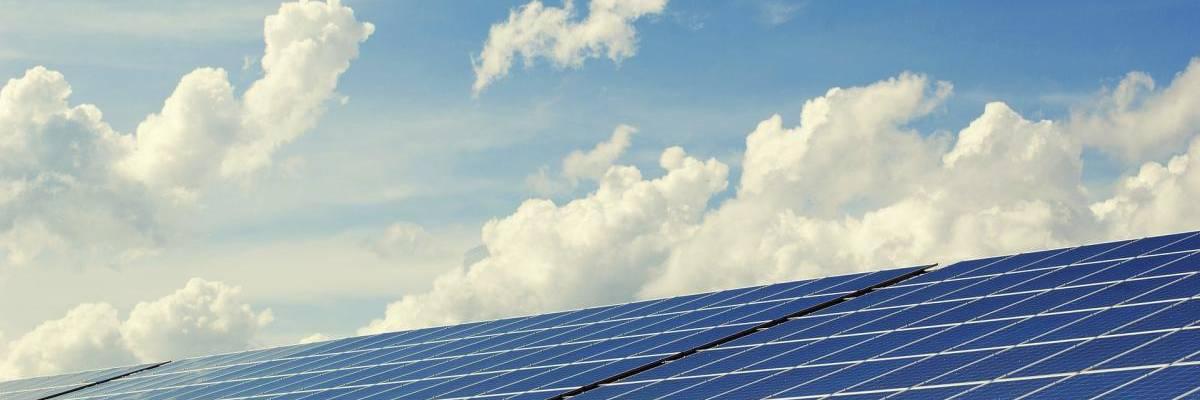 photovoltaic 2138992 1920 1