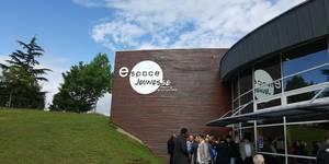 Das Jugendzentrum in Grand Quevilly ist nun nach Laatzens Ehrenbürger benannt. [(c) Stadt Laatzen]