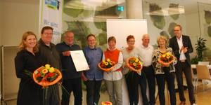 Bürgermeister Jürgen Köhne bedankt sich bei den Ehrenamtlichen. [(c) Ilka Hanenkamp-Ley]
