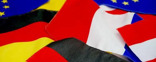 Deutsche, Französische, Polnische, Österreichische, Europaflagge [(c) Matthias Brinkmann]