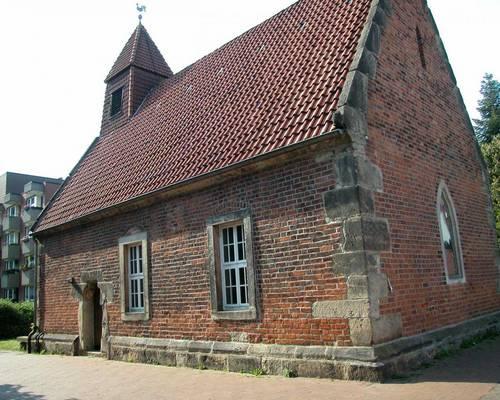 Gotische Kapelle in Alt-Laatzen © Ilka Hanenkamp-Ley