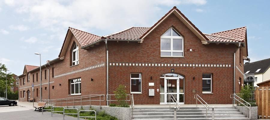 Ansicht des Einganges vom Familienzentrum Rethen