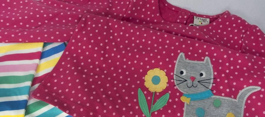 childrens-clothing-3563749_1920.jpg